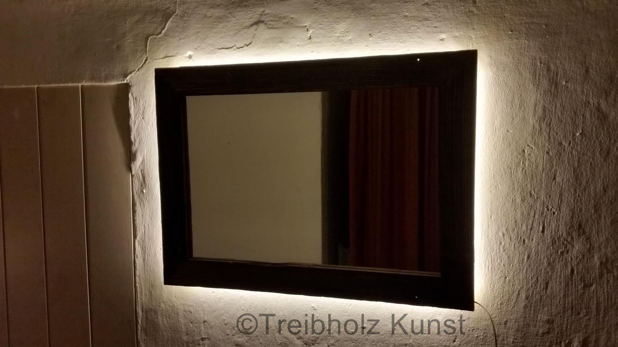 altholz spiegel spiegel aus altholz rustikal. Black Bedroom Furniture Sets. Home Design Ideas